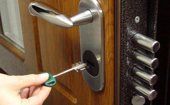 Вскрытие двери Mul-T-Lock